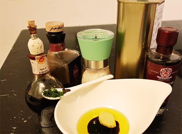 Balsamico-Honig-Senf-Dressing Rezept
